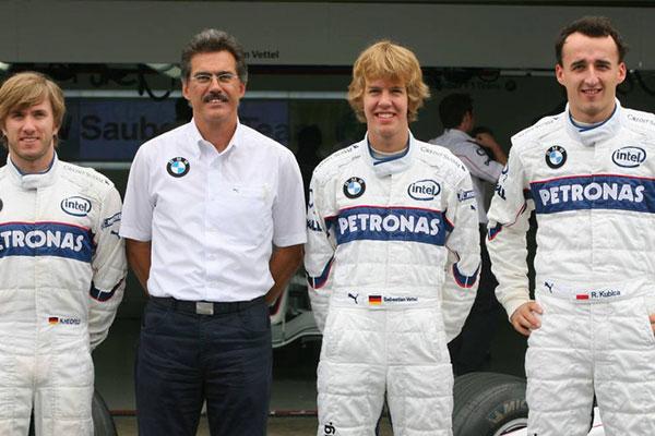Vettel a BMW Sauber csapat tesztpilótájaként, Nick Heidfeld és Robert Kubica társaságában